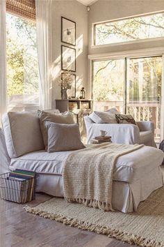 Interior Design Styles: 8 Popular Types Explained - FROY BLOG - Farmhouse-Decor-5