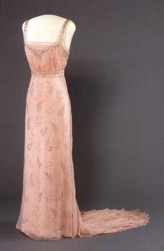 Dress 1934 Nasjonalmuseum for Kunst, Arketektur, og Design