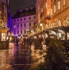 Weihnachtsmarkt am Stephansplatz | STADTBEKANNT | Das Wiener Online Magazin Online Magazine, Broadway Shows, City