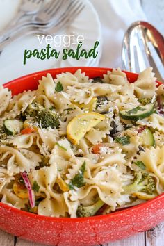 Top 50 Pasta Salads - an amazing guide to the best pasta salads, perfect for busy weeknight dinners, BBQs, and family gatherings! Top 50 Pasta Salads Fran Lovette salad Top 50 Pasta Salads - an amazing guide to the best pasta salads, perfect Healthy Pasta Salad, Best Pasta Salad, Veggie Pasta, Healthy Pasta Recipes, Healthy Pastas, Vegetarian Recipes, Cooking Recipes, Healthy Recepies, Veggie Recipes