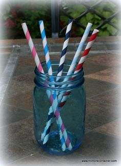 Add that extra touch to your party...patriotic theme...Baby Shower, Gender Reveal? Now available at www.fillmorecontainer.com #paperstraws Mason Jar Drinks, Vintage Style, Vintage Fashion, Green And Purple, Blue, Ball Jars, Paper Straws, Reveal Parties, Fun Drinks