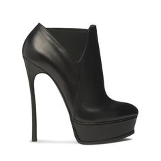 my first nomination for the - these beautiful casadeis. i love the subtle details and how easy they are to style Sexy Boots, Sexy Heels, Black Heels, Ankle Heels, Platform Ankle Boots, Black Platform, Crazy Shoes, Me Too Shoes, Very High Heels