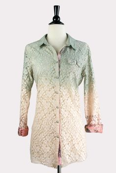 f4f31c43e5cfc7 Ombre Lace Shirt in Peach Vintage Inspired Fashion, Hourglass, Fashion  Brands, Ombre,