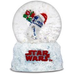 Snow globes have always been the perfect objects symbolizing the holiday season. For the Star Wars fan, probably nothing else will show this better than this snow . Star Wars Christmas, Christmas Snow Globes, Noel Christmas, Disney Christmas, Christmas Stuff, Natal Star Wars, Ufo, R2d2, Plymouth Road Runner