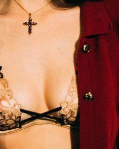 past life anatomy Halsey Album, Hopeless Fountain Kingdom, The Wicked The Divine, Jennifer's Body, Grunge, Believe, Punk, Romeo And Juliet, Neon Genesis Evangelion