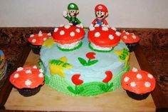 Mario Brothers Birthday Cake...for Jaren's birthday...I think I can make that!