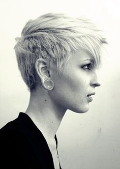 #shorthair #blonde #spacers