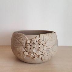 173 個讚,5 則留言 - Instagram 上的 Selen Batılı(@selen.ceramic):「 #seramik #kase #tasarım #ceramics #keramik #bowl #pottery #handmade #clay #interiordesign… 」