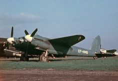 De Havilland Mosquito, Earth Poster, Air Force Aircraft, Royal Air Force, Aviation Art, Ww2, Fighter Jets, Pilot, Restoration