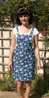 Rachel's Cleo dress - sewing pattern by Tilly and the Buttons Dungaree Dress, Dungarees, Denim Pinafore, Tilly And The Buttons, Stitch Witchery, Floral Denim, Absolutely Fabulous, Dress Sewing, Sewing A Button