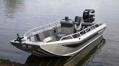 ALASKAN - Outboard jon boat / center console / sport-fishing by Wooldridge Jon Boat, Boat Dock, Pontoon Boat, Buy A Boat, Make A Boat, Small Fishing Boats, Small Boats, Boat Console, Center Console
