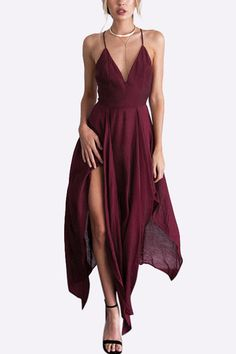 cc9f9b0eeff Wear this sexy maxi dress to your date or party is a great choice. It