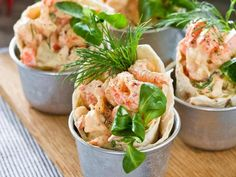 tunnbrodskorgar-med-kraftor Seafood Recipes, Snack Recipes, Cooking Recipes, Healthy Recipes, Yummy Food, Tasty, Swedish Recipes, Dessert For Dinner, Food For A Crowd