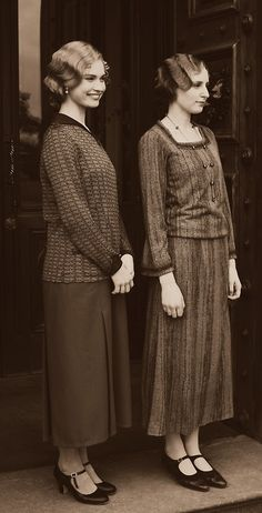 Downton Abbey's Stylish Lady Rose and Lady Edith #1920'sfashion