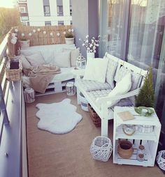 Pallet Furniture, Outdoor Furniture Sets, Outdoor Decor, Boho Lounge, Apartment Interior Design, Deco Design, Home And Deco, Cozy House, Decoration