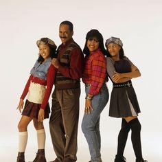 90s Teen Fashion, 2000s Fashion, Black Girl Fashion, Retro Fashion, Sisters Tv Show, Black Sitcoms, Tia And Tamera Mowry, 90s Inspired Outfits, Fashion Styles