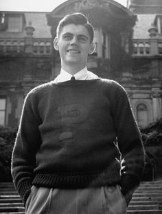 decades day spirit week This ia a Princeton Boatneck Letter sweater, originally mislabeled as a crew neck by . Not surprising. Preppy Men, Preppy Style, Retro Fashion, Vintage Fashion, Mens Fashion, Knit Fashion, Letterman Sweaters, Ivy League Style, For Elise