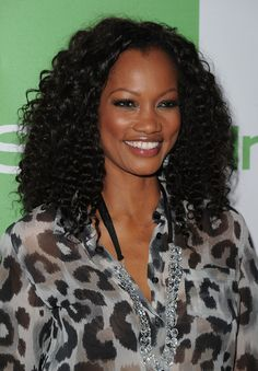 Natural hairdos have grown now in popularity and there's so much versatility! Check these new natural hairstyles that are a must try for you natural hair! New Natural Hairstyles, Popular Hairstyles, Natural Hair Styles, Best Human Hair Extensions, Clip In Hair Extensions, Garcelle Beauvais, Short Twists, Celebrity Wigs, Afro Puff