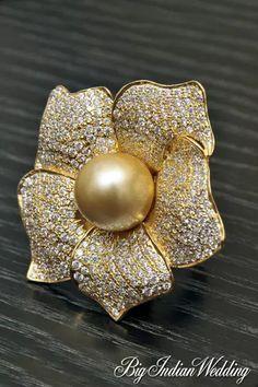 Amaris Jewels South Sea pearl brooch