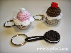 Angelineta: Llaveros amigurumis cupcakes y oreo