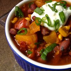 Slow Cooker Vegetarian Chili with Butternut Squash Recipe – The Lemon Bowl. Very yummy, made last night with honeyed cornbread #pinsivetried