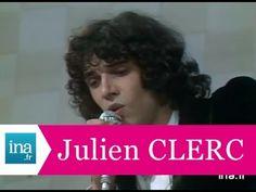 """Julien Clerc """"Comme un enfant"""" (live officiel) - Archive INA"""