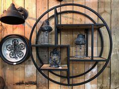 Industrieel Castro wandrek rond 75cm met mango hout en zwart staal Home Design, Interior Design, Diy Wall Decor, Diy Bedroom Decor, Home Decor, Bed And Breakfast, Wine Rack, Interior And Exterior, Liquor Cabinet