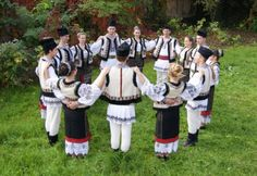 The Folk Ensemble Lugojana :: Dances - Lugoj - House of Culture