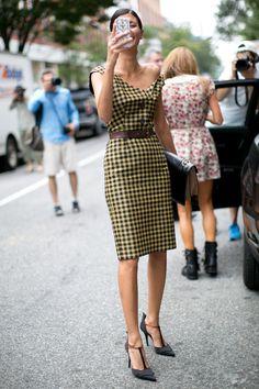 how phenomenal is that Prada dress on Gio. #GiovannaBattaglia #NYFW