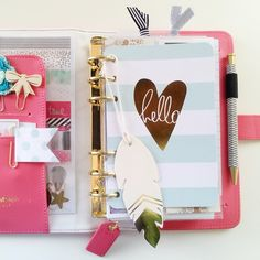 #websterspagespotd  Day 5: on my dashboard. I don't have anything on my dashboard, but I do have this really cute #heidiswapp card that greets me when I open up my #planner, and a gold dipped feather from Target dollar spot that I made into a little page marker :-) #planneraddict  #plannerlove #filofax #colorcrushplanner  #websterpages