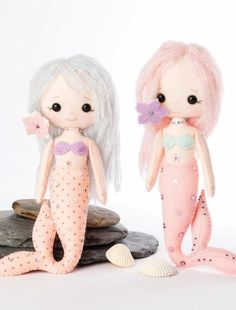 How to make a character plushie. Little Mermaids - Step 24