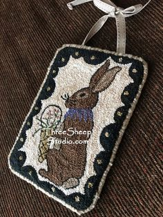 Punch Needle Pattern – Spring Greetings – – Needlepunch Embroidery – Rug making Hook Punch, Rabbit Crafts, Rabbit Art, Weavers Cloth, Rug Hooking Designs, Punch Needle Patterns, Cross Stitch Pillow, Penny Rugs, Dmc Floss