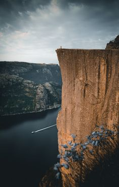 landscape-lunacy: Preikestolen Norway - by Tobias Hägg Modern Mens Fashion, New Years Sales, What Is Tumblr, Great Shots, Tobias, Outdoor Photography, Modern Man, Holiday Travel, Norway