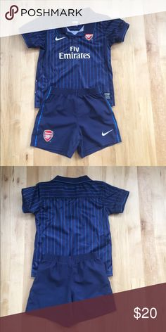 🇬🇧Arsenal soccer outfit⚽️ Nike boys Arsenal soccer team outfit.  From England.  Never worn.   For age 4 to 5. Nike Shirts & Tops Tees - Short Sleeve