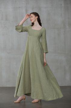 Simple Dresses, Beautiful Dresses, Linen Dresses, Dresses With Sleeves, Medieval Dress Pattern, Green Wedding Dresses, Dress Wedding, Renaissance Dresses, Green Dress