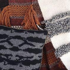 Le tissage de nos tapis a repris la semaine dernière, les commandes de décembre arriveront bientôt à destination !  #PostDiemCasa #deco #tapis #rug #carpet #interiordesign #interior #decor #handmade #home #homedecor #rugs #kilim #wool #local #handweaving #handweaved #weaving #tissage #laine #Corsica #madeinCorsica #Corse #artisanat #madeinFrance www.postdiem.com