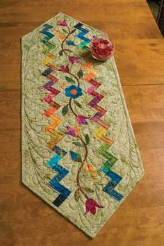 WILDFLOWER MEADOWS TABLE RUNNER KIT