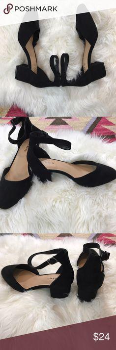 NWOB Torrid Solid Black Faux Suede Block Heels 10W NWOT! In brand new never been worn condition. Size 10 Wide, true to size! 9-051317 torrid Shoes Heels