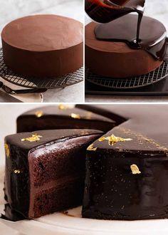 White Chocolate Mud Cake, Chocolate Ganache Frosting, Chocolate Truffle Cake, Chocolate Blanco, Chocolate Truffles, Cooking Chocolate, Chocolate Desserts, Delicious Chocolate, Glaze For Cake