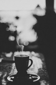 3 Amazing Clever Hacks: Starbucks Coffee Americano coffee and books night.Coffee Sayings Art coffee menu book. Coffee And Books, I Love Coffee, Hot Coffee, Coffee Break, Morning Coffee, Night Coffee, Coffee Corner, Coffee Gifts, Coffee Cafe