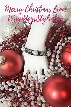 Leather bracelets are wonderful unique gifts for women! Grab your leather and pearl jewelry now before the rush of the holidays! Leather Bracelet Tutorial, Leather Bracelets, Fashion Bracelets, Fashion Designer Quotes, Make Your Own Bracelet, Mode Rose, Pearl Jewelry, Boho Jewelry, Unique Gifts For Women