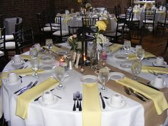 yellow and burlap, so pretty and fresh!