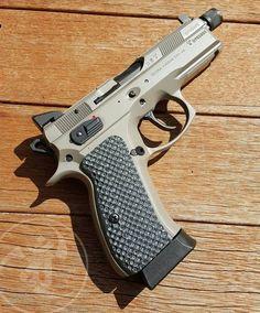 Better look at those on the CZ. Cz 75, Kydex Holster, Cool Guns, Assault Rifle, Guns And Ammo, Survival, Self Defense, Tactical Gear, Shotgun