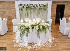 Altar Flowers, Church Flower Arrangements, Wedding Stage, Wedding Reception, Dream Wedding, Wedding Decorations, Table Decorations, Rustic Theme, Paper Flowers Diy