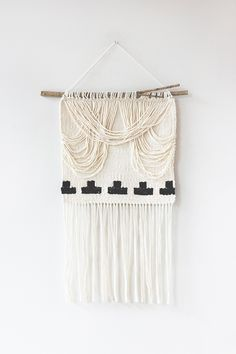 Crescent Draped Weave