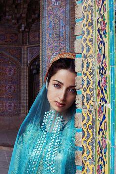 Nasir al-Mulk Mosque, Shiraz, Iran-Mihaela Noroc Persian People, Persian Girls, Persian Beauties, Shiraz Iran, Beautiful People, Beautiful Women, Iranian Women, Iranian Art, Persian Culture