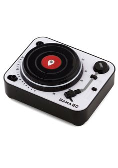 Beats Per Minute Kitchen Timer. Find your groove in the kitchen when you let this turntable timer fromGama-Go keep your dinner preparations moving in perfect rhythm!