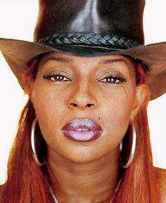 Mary J. Blige by Martin Schoeller 1999