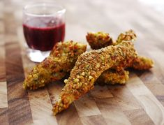 Pistachio Chicken with Black Currant Dipping Sauce