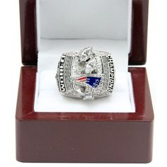 New England Patriots 2003 NFL Super Bowl Championship Ring Patriots Day, New England Patriots Football, Nfl Football, Patriotic Quotes, Patriotic Crafts, Super Bowl Xxxviii, New England Patriots Championships, Coupons By Mail, Nfl Memes